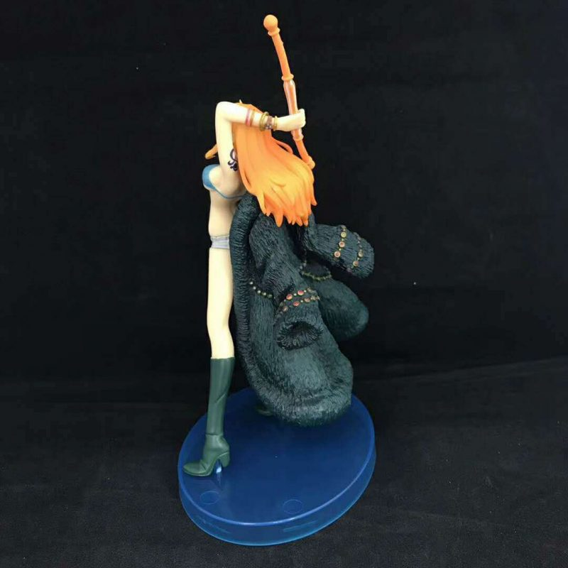 FIG110 – Nami – One Piece 20th Anniversary Ver – 3